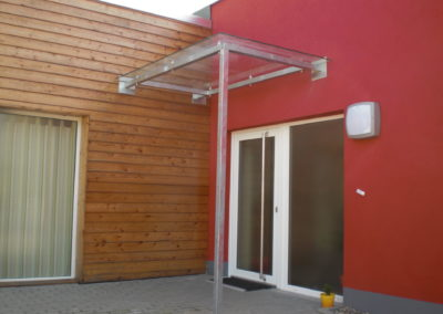 Überdachung mit Metall & Glas | Freistehend oder fest | Janssen GmbH
