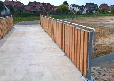 Brückengeländer mit Metallgeländer | Planung und Bau | Janssen GmbH